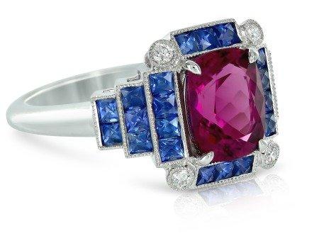 Professional jewellery packshots